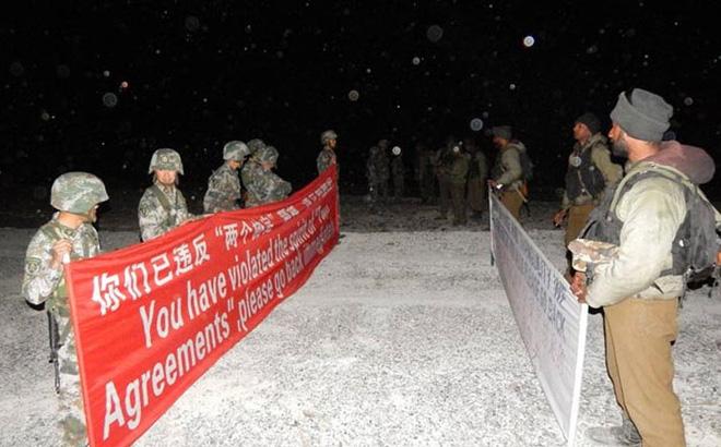 Bị tung tin rút 90% quân số đối mặt TQ, Ấn Độ đáp trả: Lính của chúng tôi không thiếu ai
