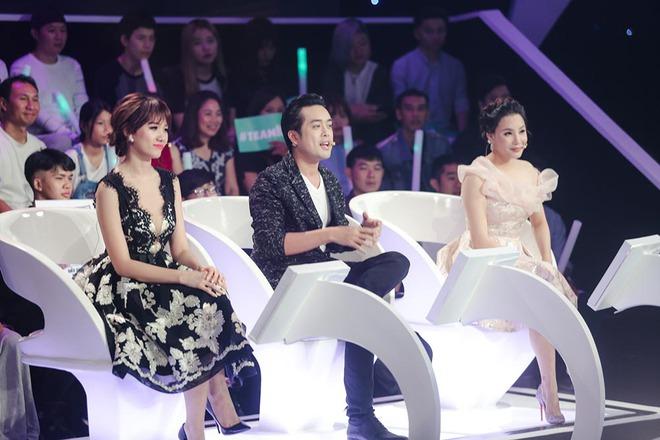 Hồ Quỳnh Hương làm giám khảo, bất ngờ gặp lại hàng xóm ở quê đi thi hát - Ảnh 5.