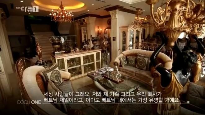 Biệt thự dát vàng và dàn siêu xe hoành tráng của bố chồng Hà Tăng lên sóng truyền hình Hàn Quốc - Ảnh 7.
