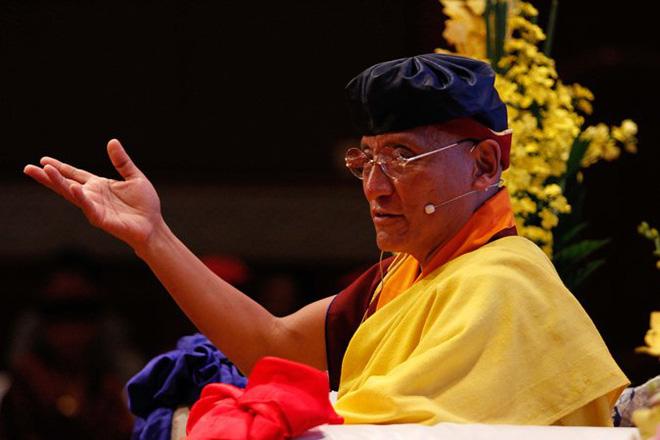 Đức Pháp vương Gyalwang Drukpa bày cách sống khỏe tốt hơn thuốc - Ảnh 1.