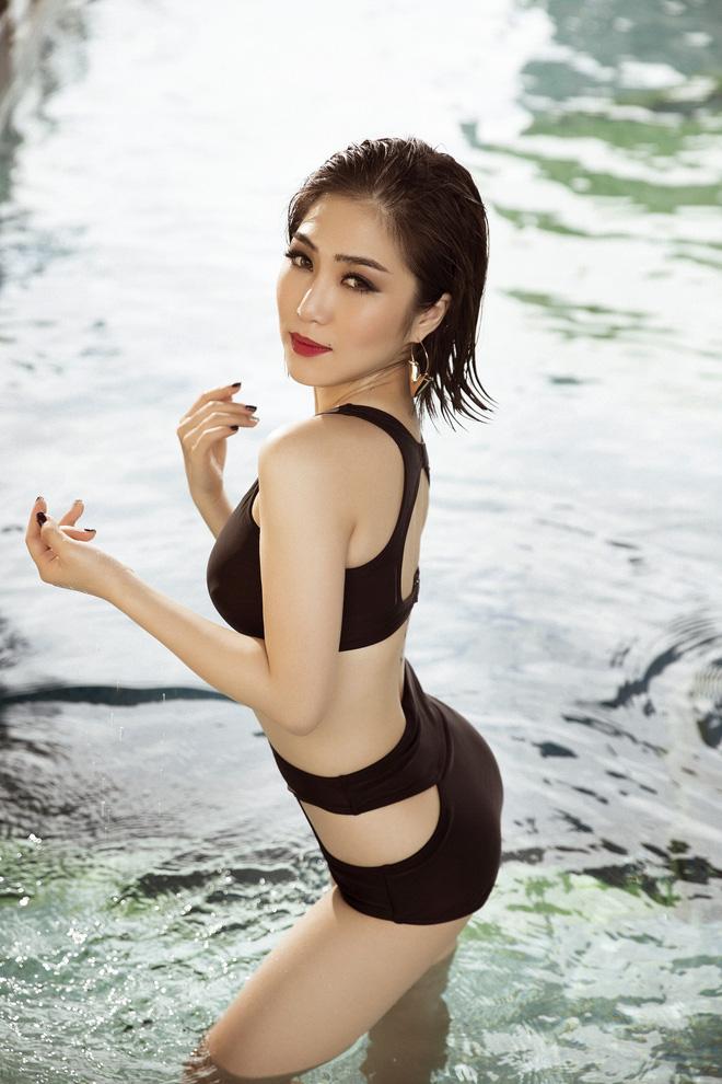 Hương Tràm bốc lửa trong loạt ảnh bikini - Ảnh 5.