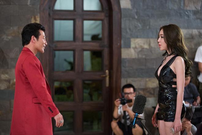 Elly Trần nóng bỏng khi đóng phim - Ảnh 4.