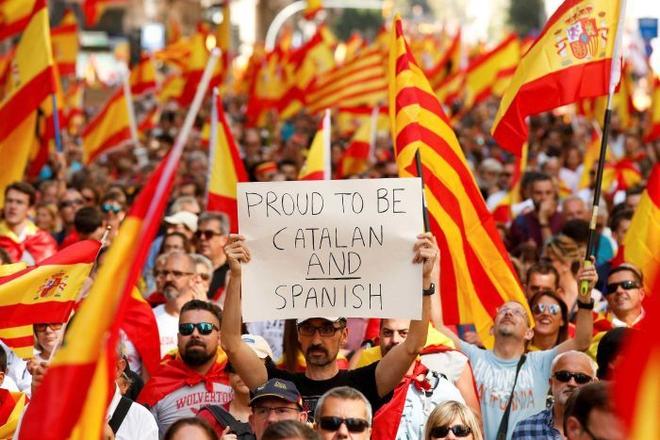 Thủ hiến Catalonia Carles Puigdemont nuôi mộng ly khai Tây Ban Nha từ thuở thiếu thời - Ảnh 3.