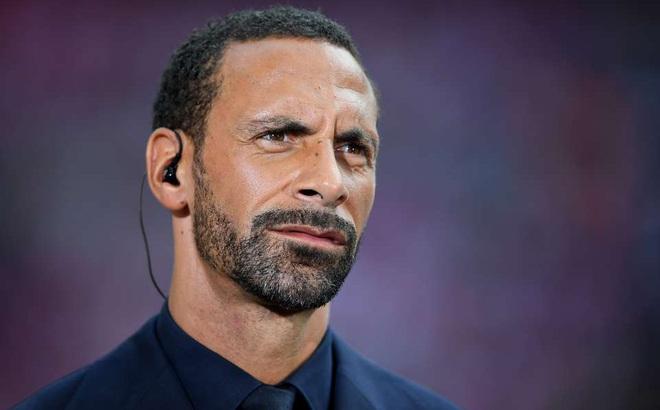 Trung vệ huyền thoại của Man United phát điên với bàn thua của đội nhà
