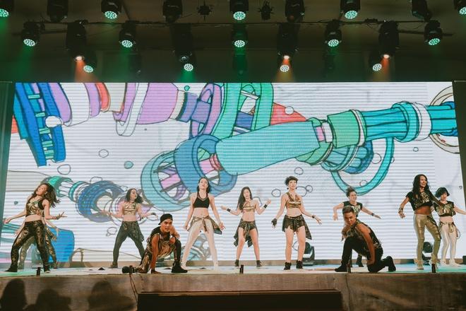 Đội quân dancer nhí hướng dẫn hàng trăm người lớn nhảy flashmod đầy sôi động - Ảnh 11.