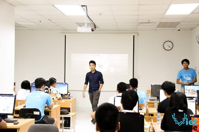 Dự án Vietcode: Khơi dậy và nuôi dưỡng đam mê với Khoa học Máy tính cho giới trẻ Hà thành - Ảnh 2.