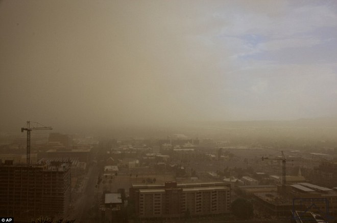 Bức ảnh này không phải trong phim, nó chính là thảm họa nuốt chửng một thành phố của Mỹ - Ảnh 4.