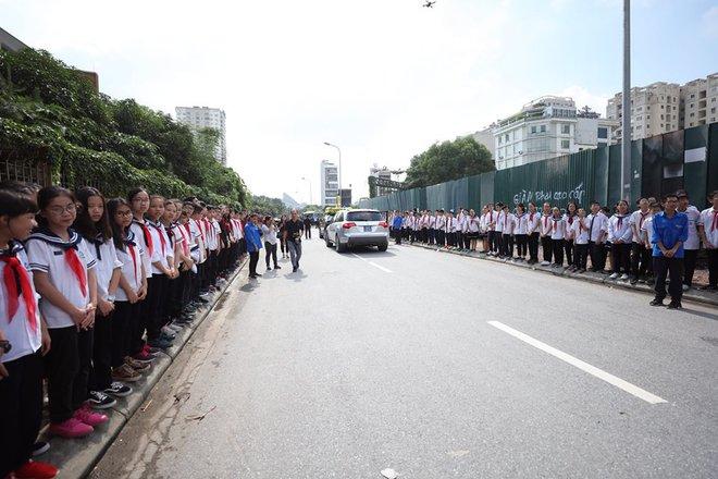 Hơn 1000 học sinh hát vang bài ca Lương Thế Vinh vĩnh biệt thầy Văn Như Cương - Ảnh 10.