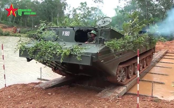 Lữ đoàn Công binh 414, Quân khu 4: Huấn luyện đảm bảo công binh trong mọi tình huống