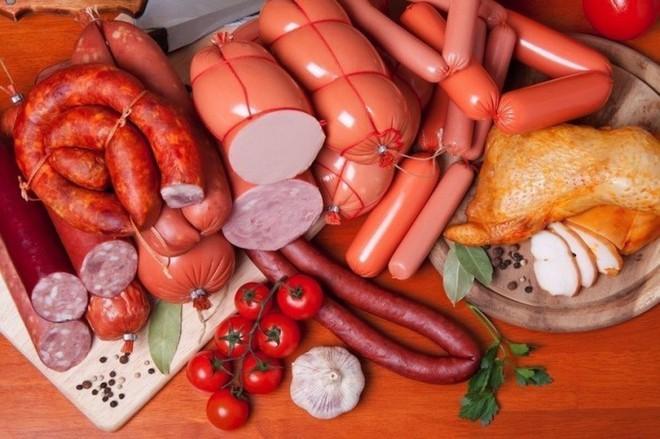 Sự thật về những thực phẩm gây ung thư kinh hoàng: Ai cũng nên biết để ăn cho đúng - Ảnh 3.