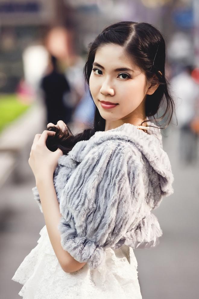 Nữ MC Sài Gòn bất ngờ khi bị chê ngoại hình và khả năng dẫn không có gì nổi trội - Ảnh 3.