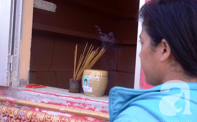 """Mẹ bé gái ở Cà Mau: Tin nhắn gửi từ số ông hàng xóm cho con tôi bảo """"qua nhà chú có việc"""""""
