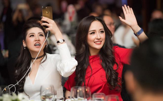 Nhan sắc nổi bật của Á hậu Tú Anh và Hoa hậu Mai Phương Thúy tại sự kiện