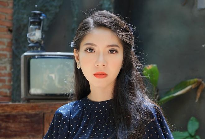 Nữ MC Sài Gòn bất ngờ khi bị chê ngoại hình và khả năng dẫn không có gì nổi trội - Ảnh 2.