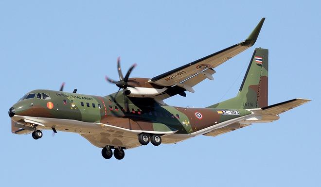 Lữ đoàn không quân 918 chuẩn bị tiếp nhận bàn giao máy bay mới - Ảnh 2.