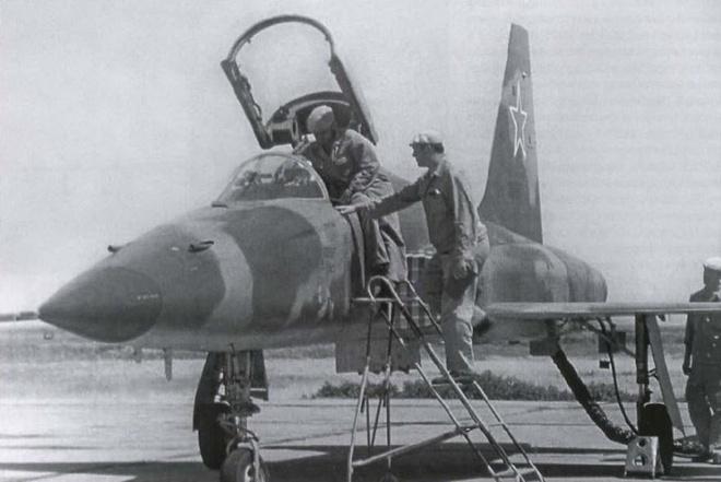 Chuyên gia Nga: Israel có thể giúp Việt Nam phục hồi tiêm kích F-5E - Ảnh 1.