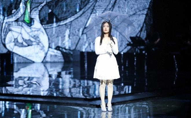 Cô gái Hàn Quốc gây tranh cãi vì hát nhạc Trịnh theo phong cách Kpop