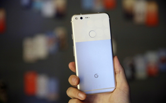 """Google tung điện thoại mới, cạnh tranh """"song bát"""" của Apple và Samsung"""