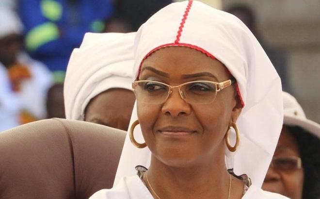 """Chính biến Zimbabwe: Grace Mugabe, Đệ nhất phu nhân và quyền lực đằng sau """"ngai vàng"""""""