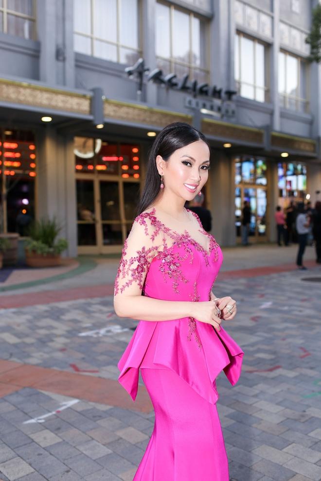 Em gái tỷ phú của Cẩm Ly gây chú ý khi xuất hiện tại thảm đỏ LHP Hollywood - Ảnh 7.
