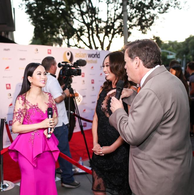 Em gái tỷ phú của Cẩm Ly gây chú ý khi xuất hiện tại thảm đỏ LHP Hollywood - Ảnh 4.