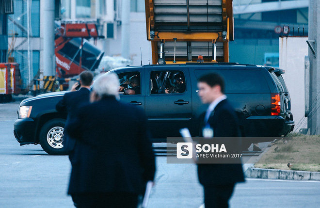 [ẢNH] Quy trình đảm bảo an toàn tuyệt đối cho tổng thống Trump tại sân bay ở Việt Nam - Ảnh 9.