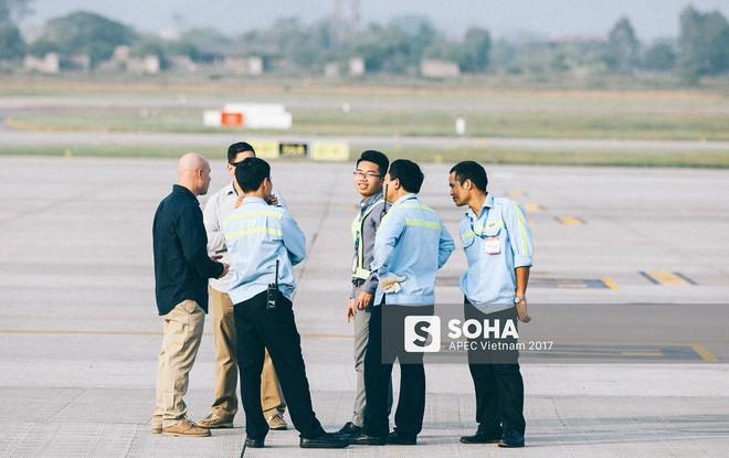 [ẢNH] Quy trình đảm bảo an toàn tuyệt đối cho tổng thống Trump tại sân bay ở Việt Nam - Ảnh 5.