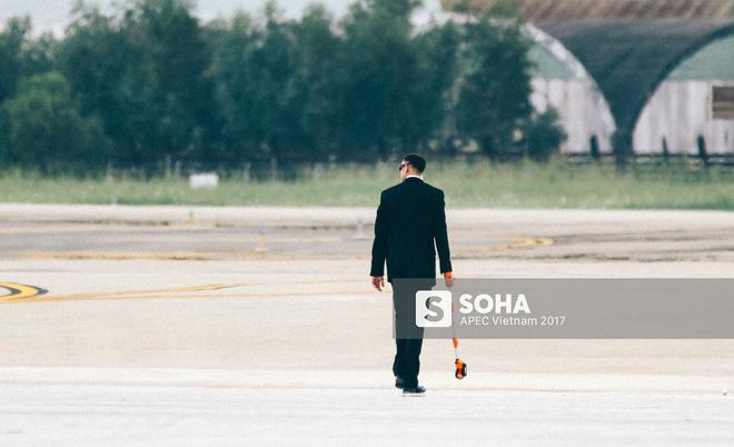 [ẢNH] Quy trình đảm bảo an toàn tuyệt đối cho tổng thống Trump tại sân bay ở Việt Nam - Ảnh 6.