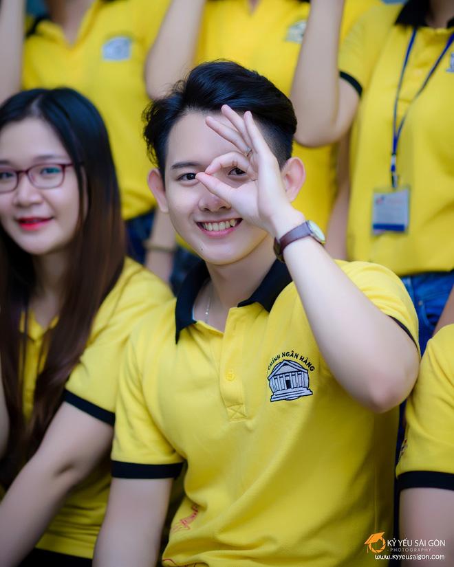 Chỉ với một bức ảnh, chàng trai Việt bỗng nổi tiếng mạng xã hội - Ảnh 1.