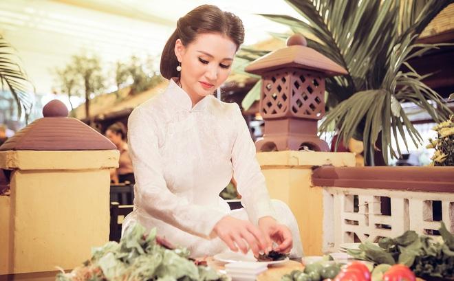Hoa hậu Quý bà Sương Đặng hóa thân thành thiếu nữ Hà Nội xưa
