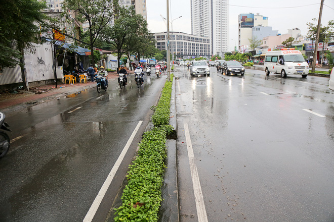 """Cận cảnh """"siêu máy bơm"""" chống ngập hút sạch nước trong 13 phút ở Sài Gòn - Ảnh 7."""