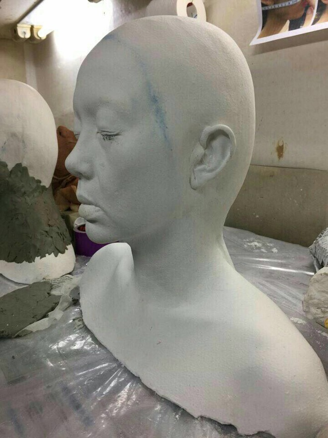 Ca sĩ Minh Hằng kể chuyện độn silicon thay đổi khuôn mặt không ai nhận ra  - Ảnh 4.
