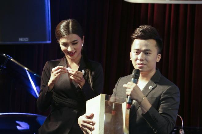 Kim Tuyến, Phan Thị Mơ đọ sắc tại sự kiện - Ảnh 10.