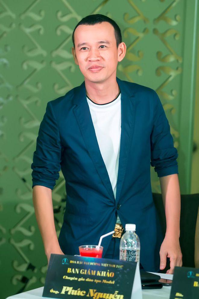 Vẻ ngoài khác lạ của Hoa hậu Ngô Phương Lan khi làm giám khảo cùng ông bầu Phúc Nguyễn - Ảnh 2.