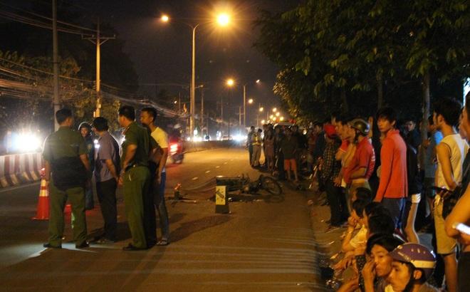 Người dân truy đuổi gần 5km chặn xe container cán chết người rồi bỏ chạy trong đêm
