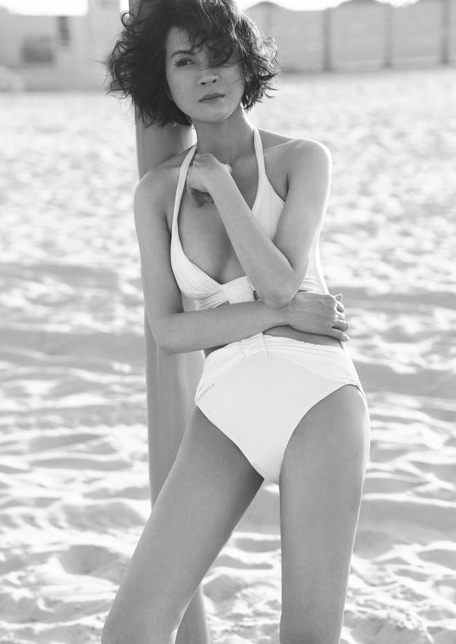 45 tuổi, MC Thanh Mai vẫn nóng bỏng khi chụp bikini - Ảnh 6.