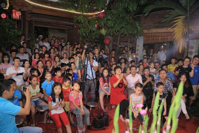 MC Thảo Vân bất ngờ thể hiện giọng hát trong Lễ giỗ Tổ nghề - Ảnh 17.