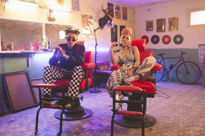 Hiện tượng Tài Smile gây chú ý khi hát bolero trong MV mới của MiA - Ảnh 5.