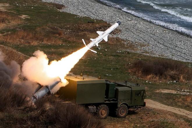 Hệ thống tên lửa bờ của nước ngoài vừa xuất hiện trên báo TQ được triển khai tại đâu? - Ảnh 2.