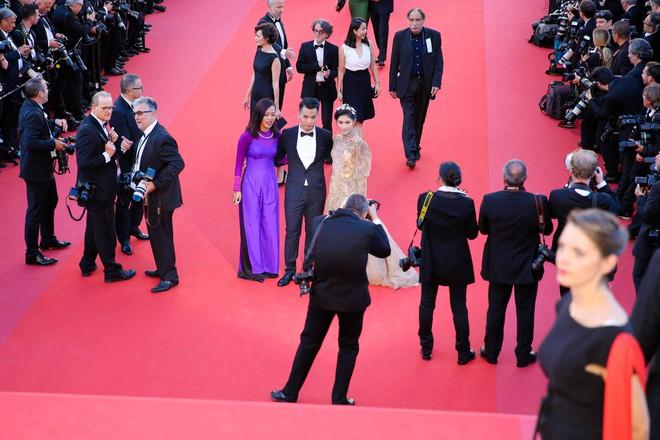 Ngọc Thanh Tâm mặc gợi cảm, đọ sắc cùng dàn sao Hollywood tại Cannes 2017 - Ảnh 1.