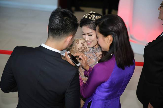 Ngọc Thanh Tâm mặc gợi cảm, đọ sắc cùng dàn sao Hollywood tại Cannes 2017 - Ảnh 6.