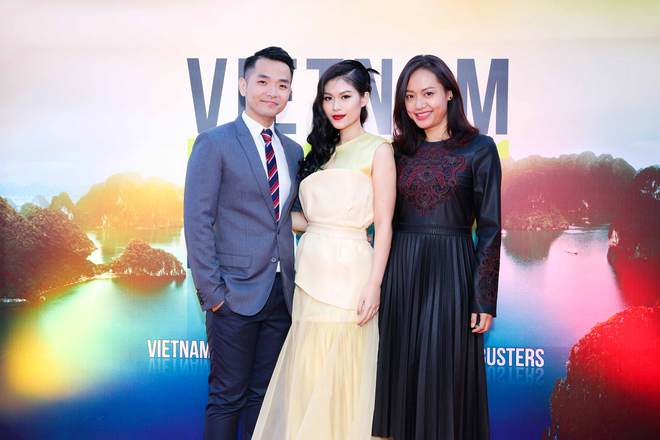 Ngọc Thanh Tâm gây chú ý khi làm MC song ngữ tại LHP phim Cannes 2017 - Ảnh 3.