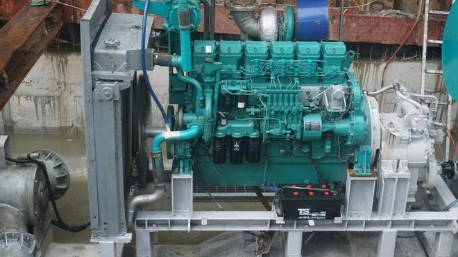 """Cận cảnh """"siêu máy bơm"""" chống ngập hút sạch nước trong 13 phút ở Sài Gòn - Ảnh 5."""