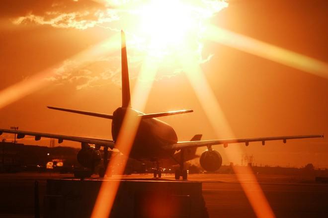 Nhiều máy bay ở Mỹ bỗng dưng tê liệt, không cất cánh nổi, chuyên gia đã tìm ra lý do - Ảnh 3.