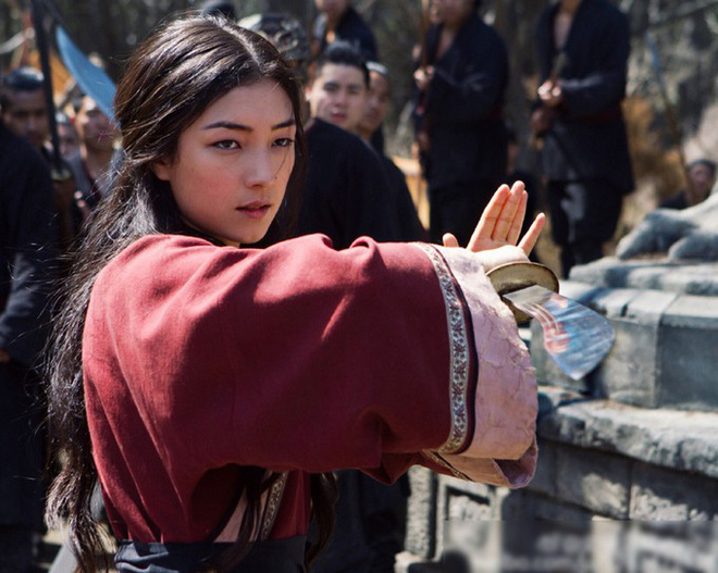 Cận cảnh nhan sắc diễn viên nữ duy nhất được đóng phim bom tấn cùng Jack Ma, Lý Liên Kiệt, Chân Tử Đan - Ảnh 1.