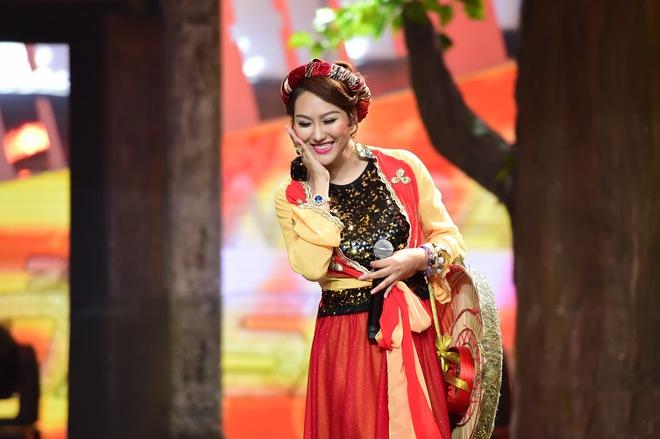 Việt Hương toát mồ hôi khi nghe Phi Thanh Vân hát dân ca trên sóng VTV - Ảnh 1.