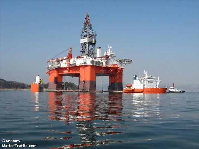 Blue Marin: Siêu tàu hiếm hoi gánh được cả giàn khoan dầu trên lưng - Ảnh 4.