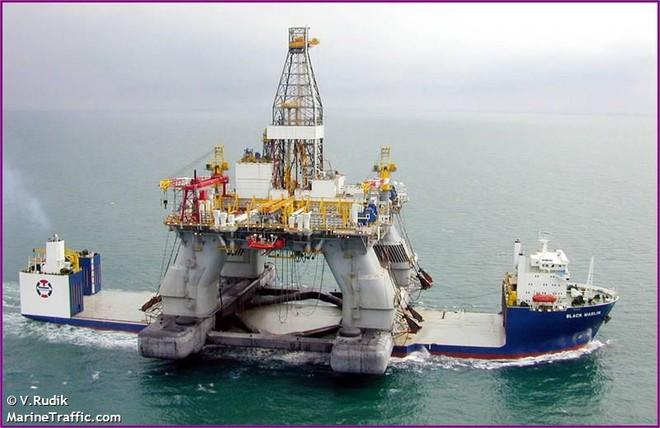 Blue Marin: Siêu tàu hiếm hoi gánh được cả giàn khoan dầu trên lưng - Ảnh 5.