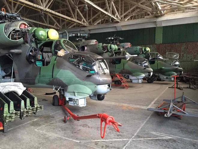 Chuyện lạ: Mỹ bán tháo máy bay tiêm kích, trực thăng và xe tăng hiện đại của Nga - Ảnh 3.