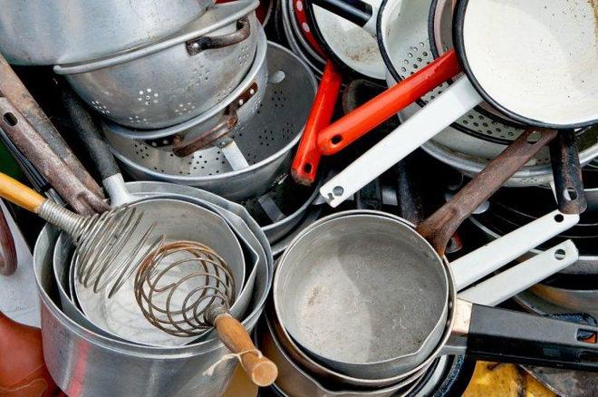 Những đồ làm bếp có thể gây độc: Các bà nội trợ cần lưu tâm khi sử dụng - Ảnh 1.